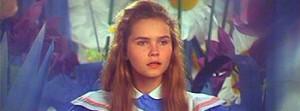 Alice (Fiona Fullerton)
