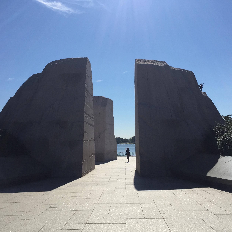 Martin Luther King Memorial - Establishing view